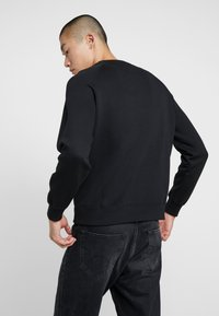 Best Company - CREW NECK - Sweatshirt - nero - 2