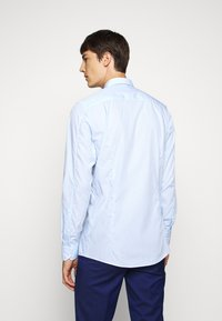 HUGO - ELISHA - Formal shirt - light pastel blue - 2