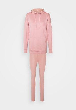 ONLBJÖRK LOUNGEWEAR  - Nattøj sæt - blush