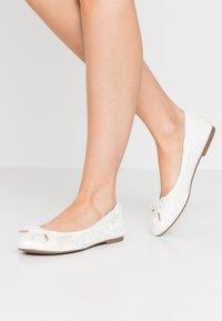 Tamaris - Ballet pumps - champagne - 0