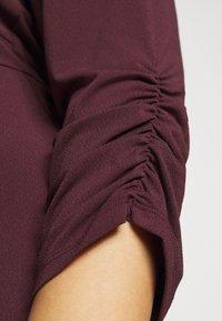 Vero Moda Curve - VMALBERTA VNECK DRESS - Jersey dress - winetasting - 5