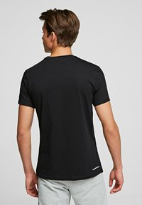KARL LAGERFELD - KARL IKONIK - Print T-shirt - black - 2
