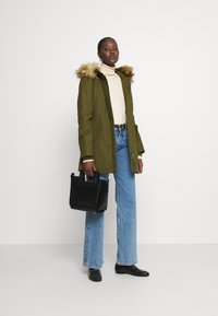 Marc O'Polo - THERMORE SHAPED FIX HOOD FRONT ZIP - Light jacket - natural olive - 1