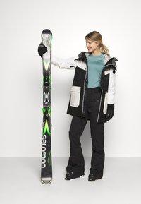 Burton - LAROSA - Snowboard jacket - black - 1