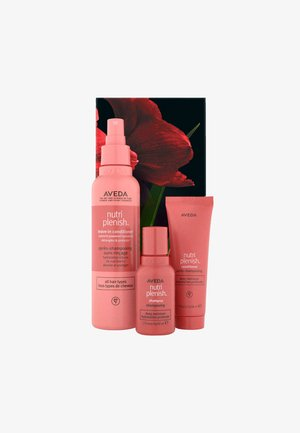 NUTRIPLENISH – DEEP MOISTURE - Hair set - -