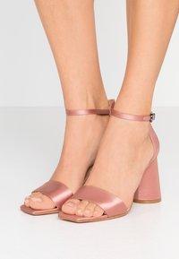 MAX&Co. - ALFREDO - Sandales à talons hauts - cladiella pink - 0