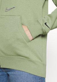 Nike Sportswear - HOODIE  - Zip-up sweatshirt - oil green - 4