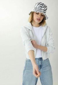 Pimkie - Zip-up hoodie - grau meliert - 0