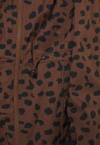 MAMALICIOUS - MLELLA JACKET - Zimní bunda - friar brown/black - 4