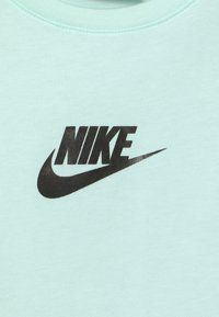 Nike Sportswear - CROP - Print T-shirt - barely green - 2