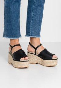 Topshop - WAKE - Sandály na vysokém podpatku - black - 0