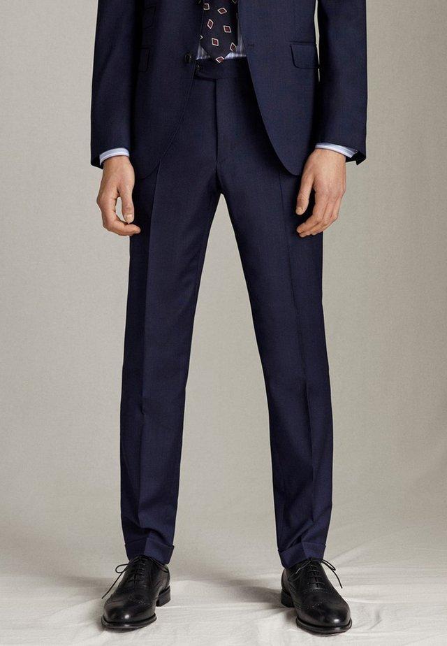 SLIM-FIT-HOSE AUS REINER WOLLE MIT STRUKTURMUSTER 00075305 - Spodnie garniturowe - blue