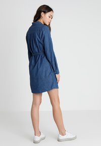 Cotton On - TAMMY LONG SLEEVE DRESS - Shirt dress - dark denim - 2