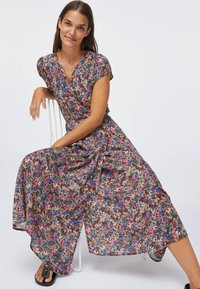 OYSHO - FLORAL  - Sukienka letnia - multi-coloured - 0