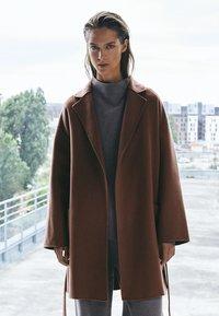 Massimo Dutti - Classic coat - light brown - 0