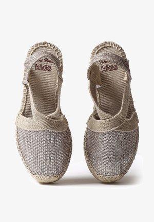 EDITA - Wedge sandals - platinum