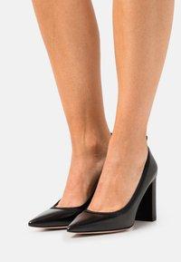 HUGO - INES CHUNKY - Classic heels - black - 0