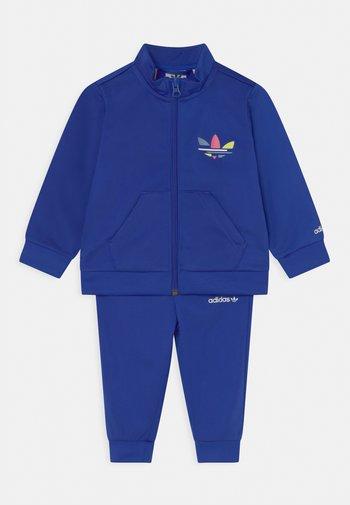 TRACK ADICOLOR SET UNISEX - Training jacket - bold blue