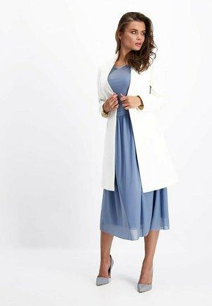 Manteau classique - ecru