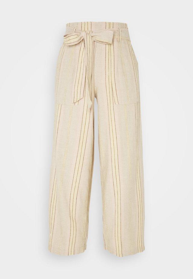 CHAIN STRIPE PANT - Pantaloni - tan