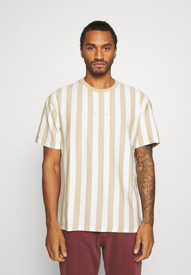 T-shirts med print - stone