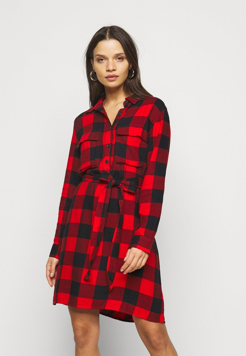 GAP Petite - UTILITY DRESS - Shirt dress - red
