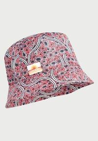 Superdry - Hat - paisley block print red - 1