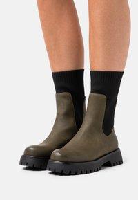 Call it Spring - VEGAN KELSEYY - Platform boots - khaki - 0