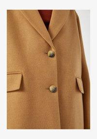 PULL&BEAR - Short coat - camel - 5