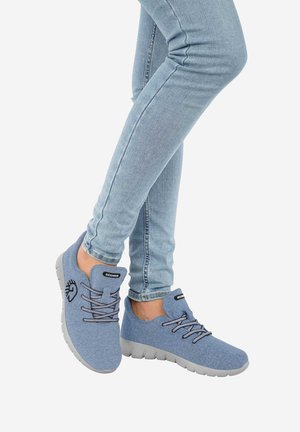 RUNNERS - Trainers - Light Blue