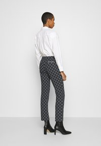 GANT - CIGARETTE PANT - Trousers - evening blue - 2