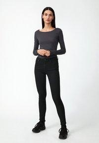 ARMEDANGELS - EVVAA  - Long sleeved top - acid black - 1