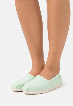 ALPARGATA VEGAN - Slip-ons - pastel green