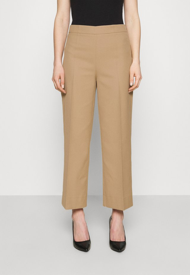 WATSON TROUSERS - Trousers - honey sand