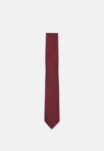 Slips - dark red