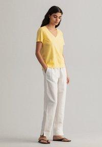 GANT - SUNFADED - T-shirt print - brimestone yellow - 0