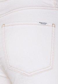 Marc O'Polo DENIM - KAJ CROPPED - Skinny džíny - multi/off-white cotton - 2