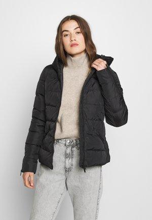 PREMIUM LUXE QUILT JACKET - Down jacket - black