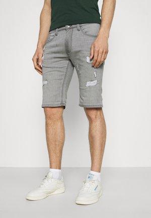 COMMERCIAL KEN HOLES - Denim shorts - lt grey