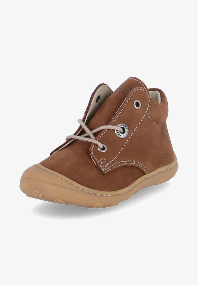 CORY - Baby shoes - braun
