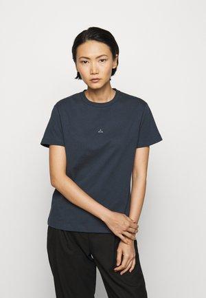 SUZANA - Print T-shirt - dark blue