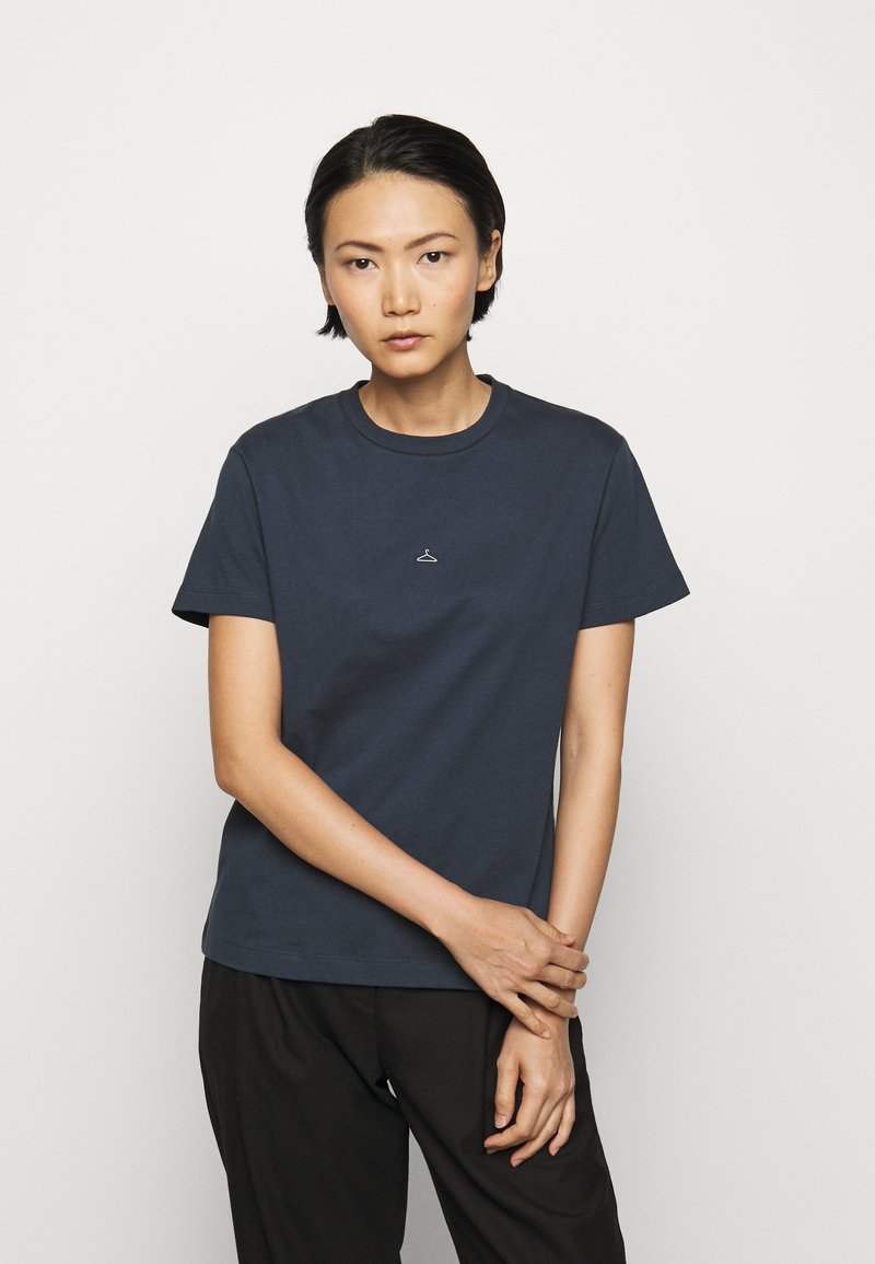 Holzweiler - SUZANA - Print T-shirt - dark blue