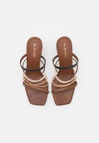 ALOHAS - SUNBEAM - Pantofle na podpatku - brown - 4