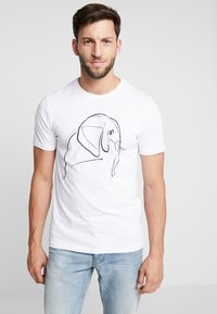 Pier One - T-shirt z nadrukiem - white - 0