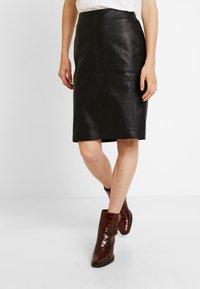 comma - Mini skirt - black - 3