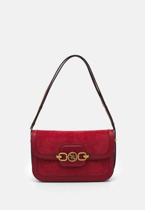 HENSELY SHOULDER BAG - Handbag - rust
