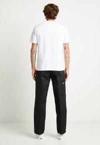 Dickies - HORSESHOE TEE - T-shirt con stampa - white - 3