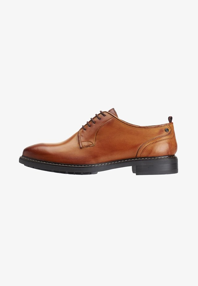 BOSTON WASHED - Lace-ups - tan