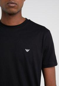 Emporio Armani - 2 PACK - T-shirt basic - black - 4