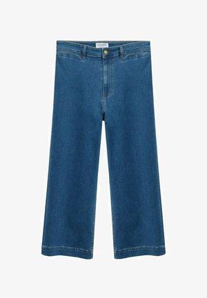 IRIS - Flared Jeans - mittelblau